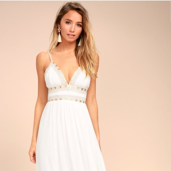 7fd9cf7b660 Lulu s Dresses   Skirts - Giza White Embroidered Maxi Dress